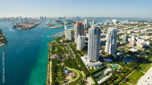 Keuken foto achterwand Luchtfoto South Beach, Miami Beach. Florida. Aerial view. Paradise. South Pointe Park and Pier