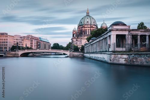 Poster Berlin Berliner Dom im Herbst