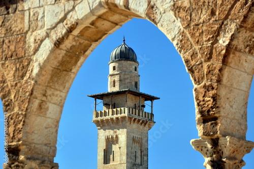 Fotografia, Obraz  El-Asbat-Minarett im Westen des Tempelbergs von Jerusalem