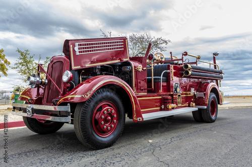 Photo  1942 Seagrave Fire Apparatus