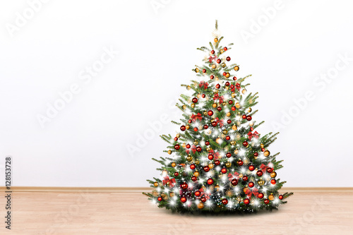 Warum weihnachtsbaum im zimmer