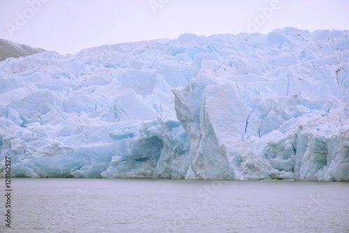 Papiers peints Glaciers Amazing 12000 years old Glaciers in Patagonia Chile