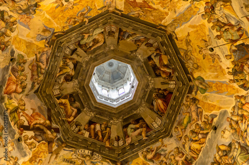 Picture of the Judgment Day on the ceiling of dome in Santa Mari Fototapet