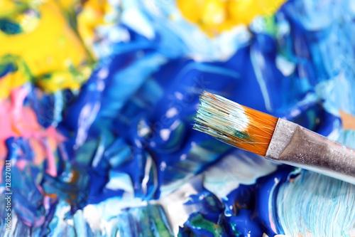 Obraz na dibondzie (fotoboard) Zbliżenie pędzla i palety.