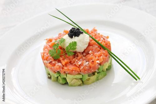 Poster Entree salmon tartare with avocado