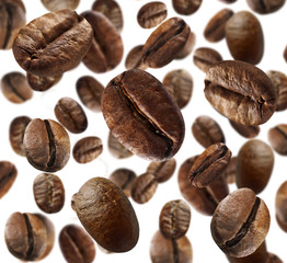 Fototapeta Kawa Roasted coffee beans on white background
