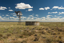 Australian Outback Old Retro Wind Water Pump And Water Storage Tank