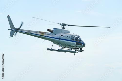 Türaufkleber Hubschrauber Elicottero in volo.