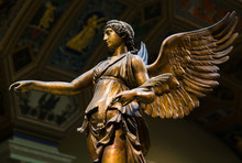 Winged Victory Ancient Sculptu...