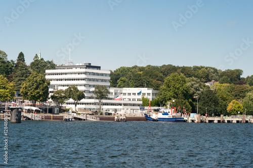 Fotografie, Obraz  Geomar Institut für Meereskunde an der Kieler Förde
