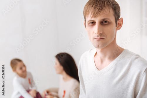 Fotografia, Obraz  Pale serious man looking at you