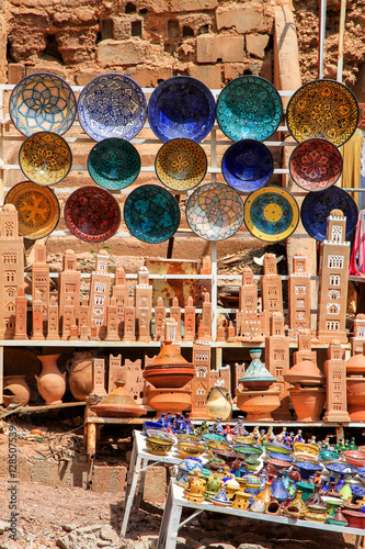Spoed Foto op Canvas Marokko Colourful plates on sale