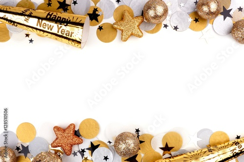 Photo  New Years Eve double border of confetti and decor isolated on a white background