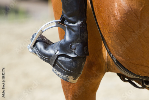 Photo sur Aluminium Equitation Jockey riding boot