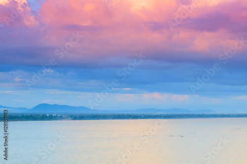 Spoed Foto op Canvas Caraïben Purple clouds and the rivers