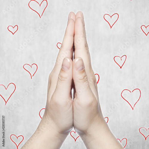 Photo hands and heart