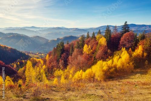 majestatyczny-krajobraz-jesien