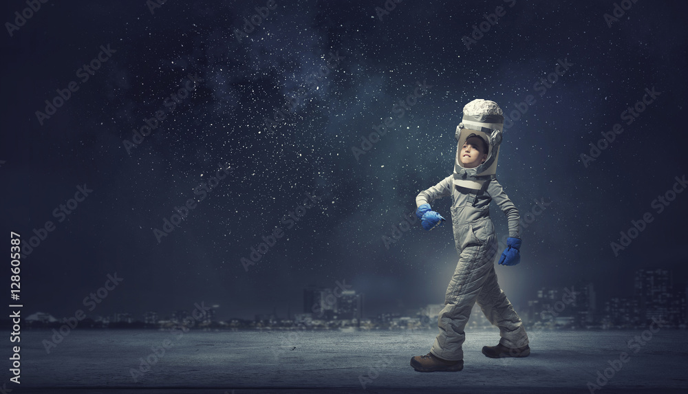Fototapety, obrazy: She wants to become astronaut . Mixed media