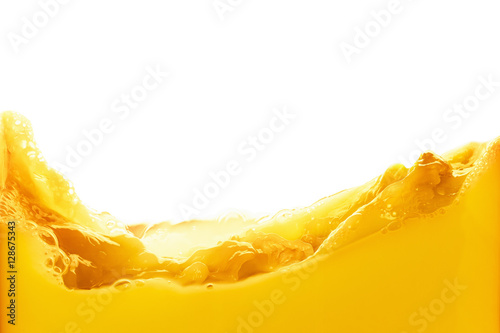 Foto auf Gartenposter Saft Orange juice splash isolated on white background