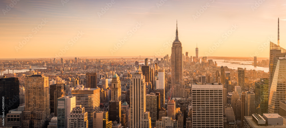 Fototapety, obrazy: New York City skyline panorama at sunset