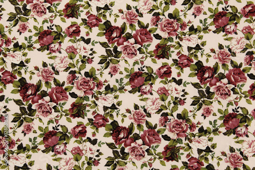 Stickers pour portes Fleurs Vintage Colorful Cotton fabric in vintage rose pattern for background or