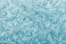 Eiskristalle Auf Einer Fensterscheibe