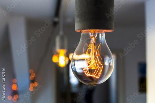 Fotografie, Obraz  Detailaufnahme vintage Glühlampe
