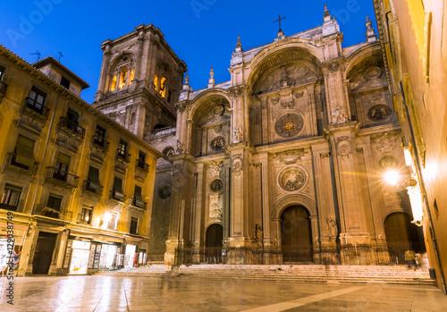 katedra-najswietszej-maryi-panny-od-wcielenia-glowna-fasada-hiszpania