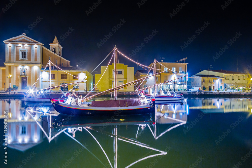fotografija christmas decorations lights and marine crib na europosterji si