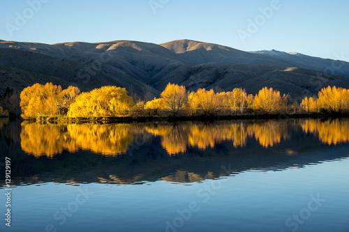 jezioro-jesienia