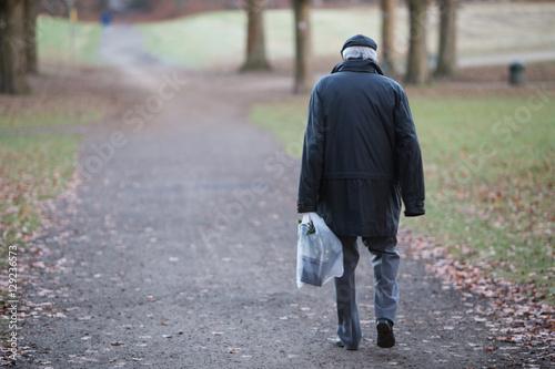 Fotografie, Obraz  Einsamer Rentner