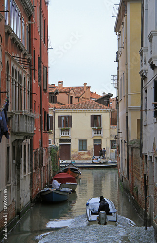 Keuken foto achterwand New York the narrow water canal in Venice