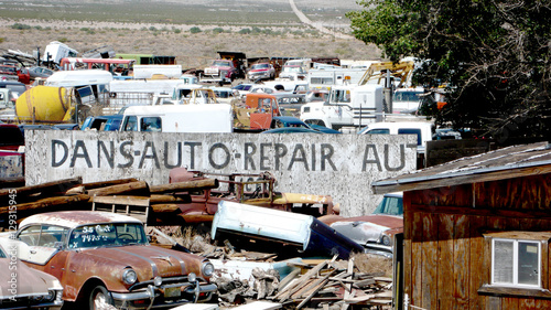 Keuken foto achterwand Route 66 autofriedhof in amerika