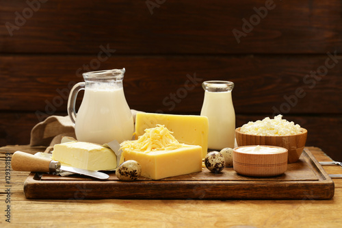 Photo sur Toile Produit laitier Assorted dairy products (milk, yogurt, cottage cheese, sour cream) rustic still life