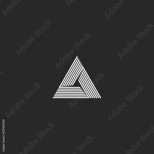 Fényképezés  Triangle logo isometric, infinity sharp corner geometric shape illusion, hipster