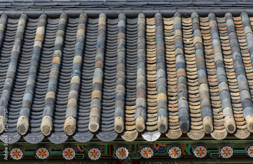 Photo  Traditional Asian architecture - Korean roof