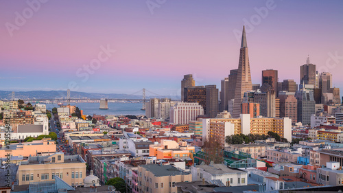 Spoed Foto op Canvas San Francisco San Francisco. Panoramic image of San Francisco skyline at sunset.