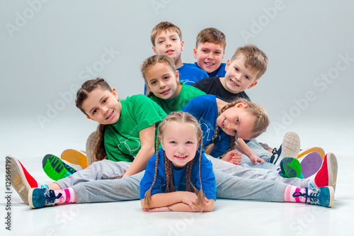 Fotografie, Obraz  The kids dance school, ballet, hiphop, street, funky and modern dancers