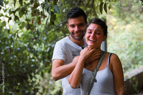 Fotografie, Obraz  La coppia che gioca a soffocare