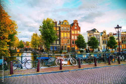 Poster Amsterdam Amsterdam city view with canals and bridges