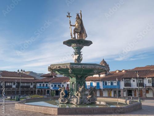 Fotografie, Obraz  Manco Capac water fountain golden statue.