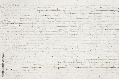 Foto op Plexiglas Wand Old brick wall with white paint background texture
