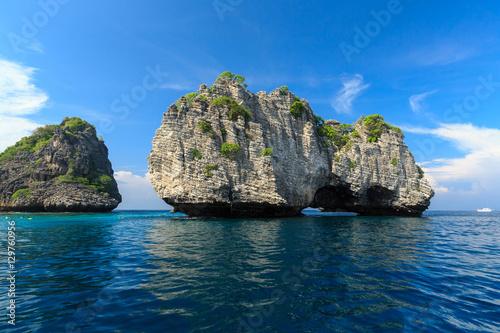 Foto op Canvas Eiland Rok island,Thailand seascape Rok island,Lanta island national pa