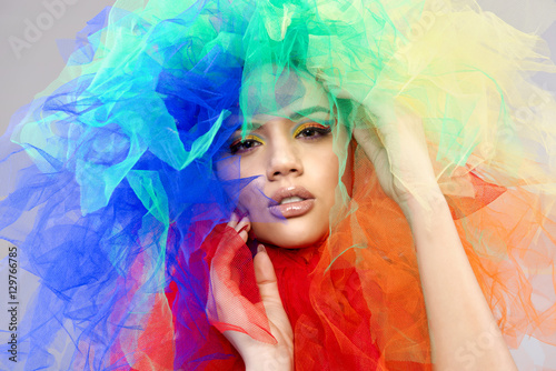 piękna kobieta - fototapety na wymiar