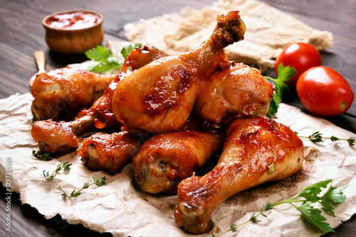 Fototapeta Baked chicken drumstick obraz