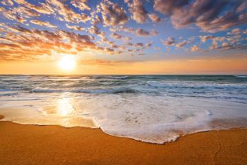 Fototapeta Współczesny Early morning , sunrise over sea.