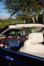 Close-up View Steering Wheel O...