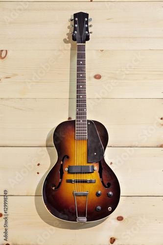 Spoed Foto op Canvas Muziekwinkel Acoustic guitar at music store