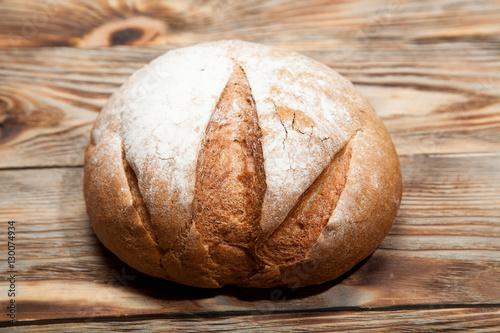 In de dag Bakkerij Bread on a rustic wooden background