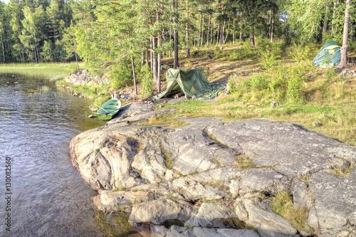 Valokuva  Ladoga. Camp fishermen